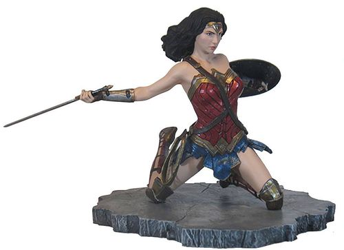 Figura Wonder Woman 18cm Gallery