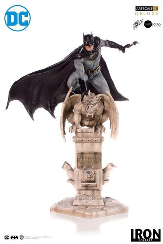 Figura Batman by Eddy Barrows Iron Studios 1/10